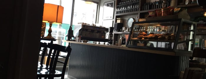 Campanelli is one of Top café coffee shops Montreal.