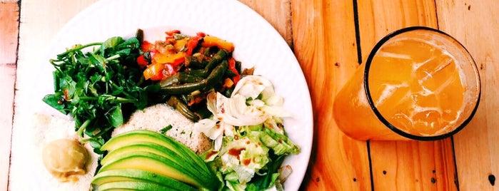 Kalenda is one of Delicias nutritivas de Rep Dom.