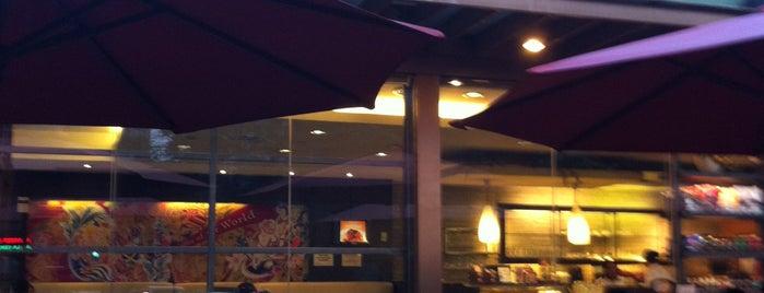 UCC Park Café is one of Gabbie : понравившиеся места.