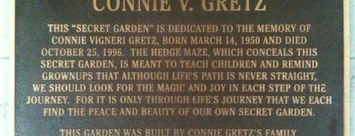 Connie Gretz Secret Garden is one of nikhil: сохраненные места.