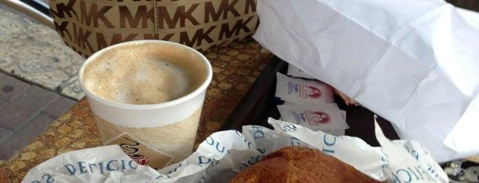 Primo Cafe & Market is one of สถานที่ที่ David ถูกใจ.