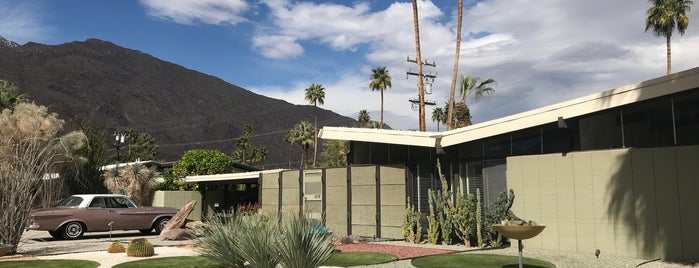 Palm Springs Modern Tours is one of Desert Destinations.