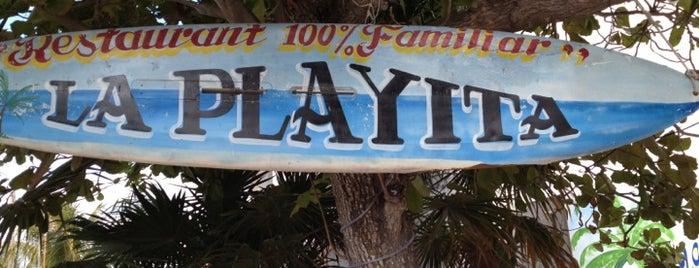 Restaurante La Playita is one of Tempat yang Disukai César.