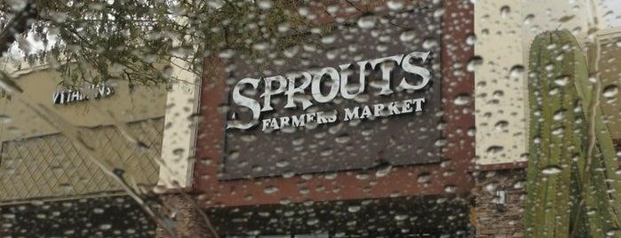 Sprouts Farmers Market is one of Lugares favoritos de Grant.