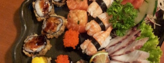 Koto Sushi is one of Lieux qui ont plu à Gustavo.