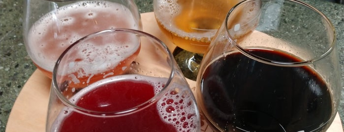 Wild Barrel Brewing is one of Posti che sono piaciuti a Noland.