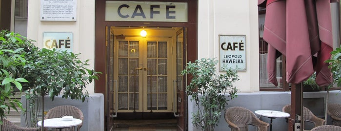 Café Hawelka is one of Viennese cuisine.