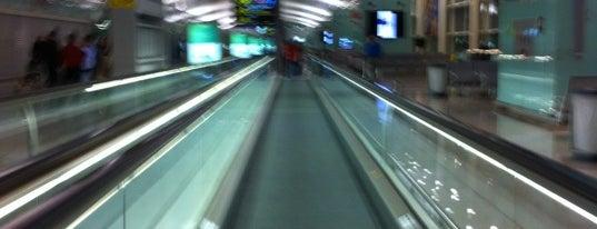 Aeropuerto Josep Tarradellas Barcelona-El Prat (BCN) is one of my living rooms.