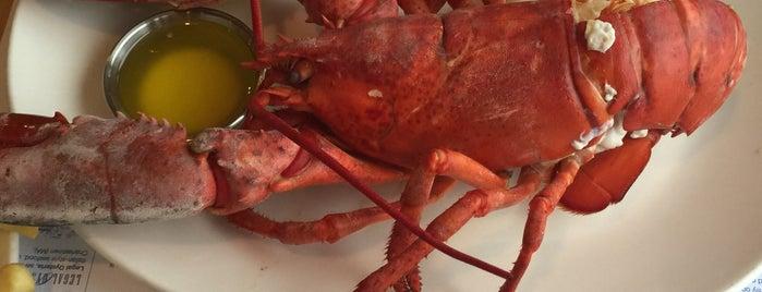 Legal Sea Foods is one of สถานที่ที่ Olcay ถูกใจ.