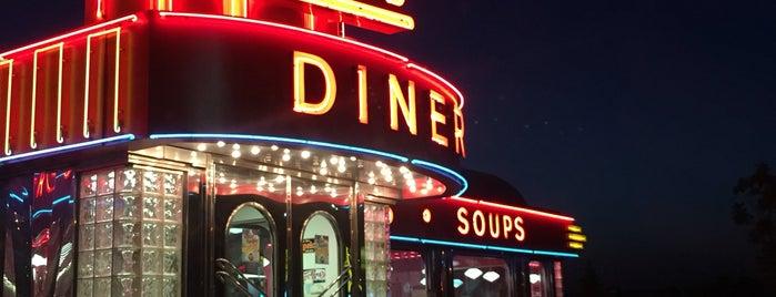 Kroll's Diner is one of Orte, die Hob gefallen.