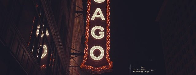 The Chicago Theatre is one of Bric à brac USA.