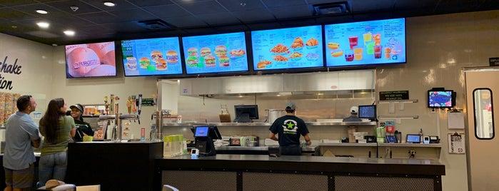 BurgerFi is one of Orte, die Tammy gefallen.