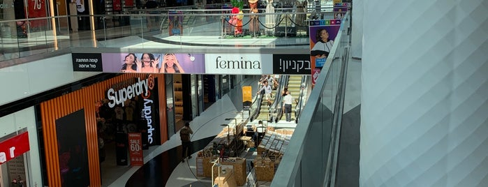 TLV Fashion Mall is one of Женяさんのお気に入りスポット.
