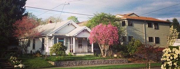 Sullivan's Gulch Neighborhood is one of Neighborhoods of Portland.