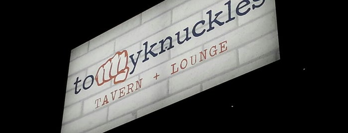 Tommy Knuckles Tavern & Lounge is one of Lincoln Park Restaurants.