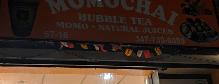 Momochai Bubble Tea is one of Queens - West To Do's.