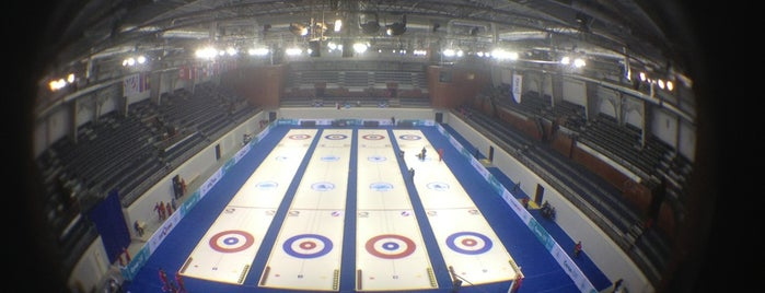 Ice Cube Curling Center is one of Lieux sauvegardés par AngelOFFka.