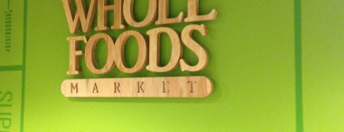 Whole Foods Market is one of Lieux qui ont plu à Ben.