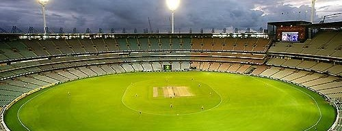 Feroz Shah Kotla Stadium | फिरोज शाह कोटला स्टेडियम is one of As minhas visitas.
