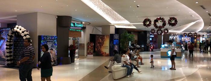 Uptown Cinemas is one of Tempat yang Disukai Chie.