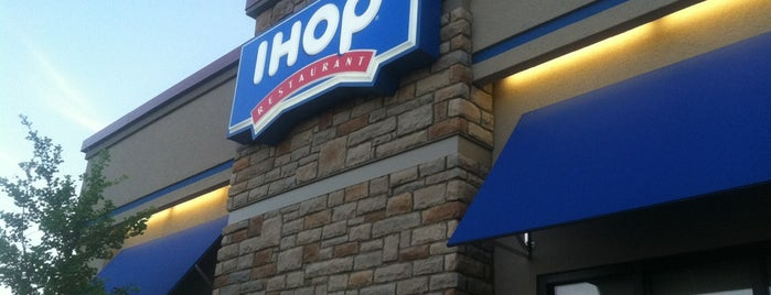 IHOP is one of Posti che sono piaciuti a George.