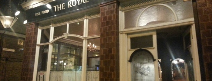 Royal Oak is one of UK and Ireland bar/pub.