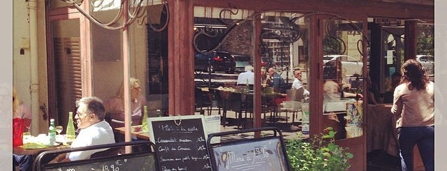 Café de la Promenade is one of Lugares favoritos de Elena Y Argeo Winelovers.