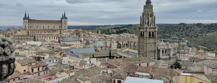 Iglesia de San Ildefonso (PP Jesuitas) is one of Spain!.