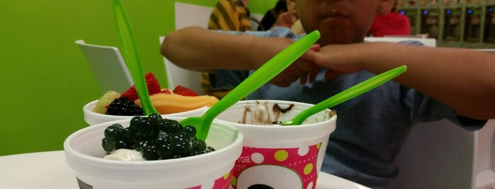 SweetFrog is one of Posti che sono piaciuti a Patrick.
