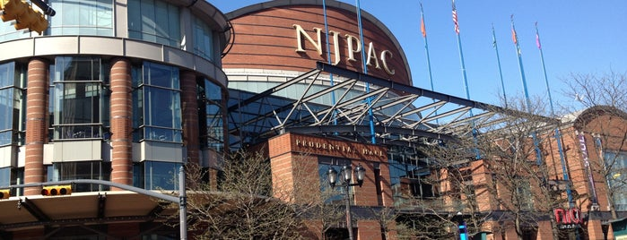New Jersey Performing Arts Center (NJPAC) is one of Tempat yang Disukai Sandra.