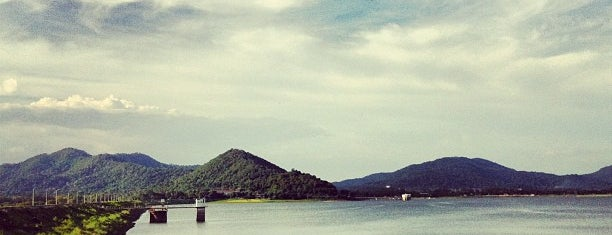 Bang Pra Reservoir is one of Chonburi & Si Racha.