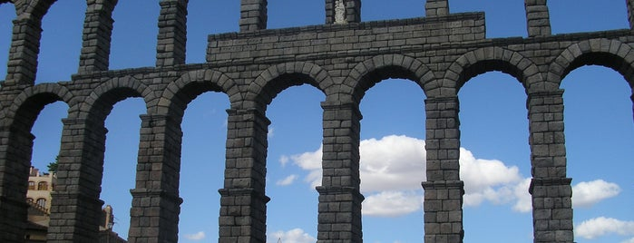 Acueducto de Segovia is one of Go Ahead, Be A Tourist.