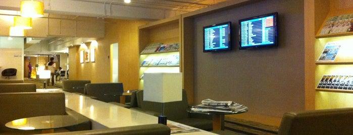 Louis' Tavern CIP Lounge is one of Igor: сохраненные места.