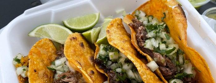 Tacos Y Birria La Unica is one of 2020.