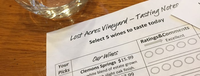 Lost Acres Vineyard is one of Lindsayeさんのお気に入りスポット.