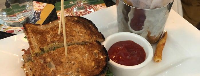 Broadstone Bar & Kitchen is one of Lieux qui ont plu à N.