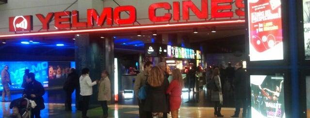 Yelmo Cines Puerta de Alicante 3D is one of Tempat yang Disukai Gabriel Jacques.