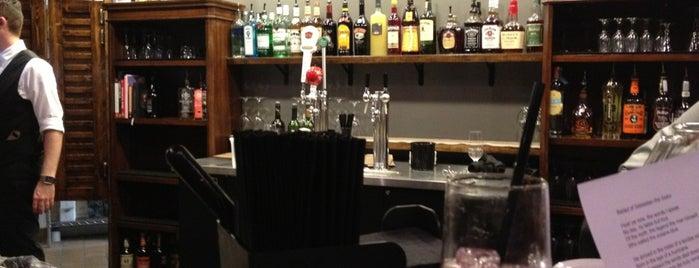 Sebastian's Table is one of Tempat yang Disukai Sydney.