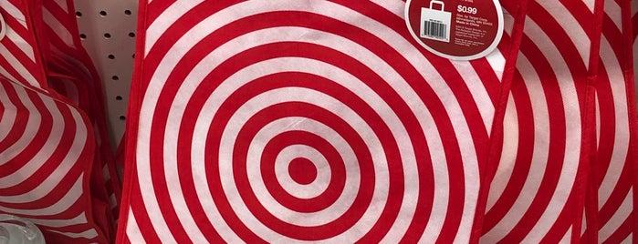 Target is one of Orte, die Crystal gefallen.