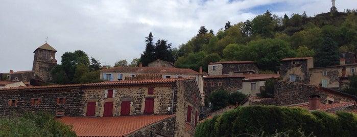Usson is one of Les plus beaux villages de France.