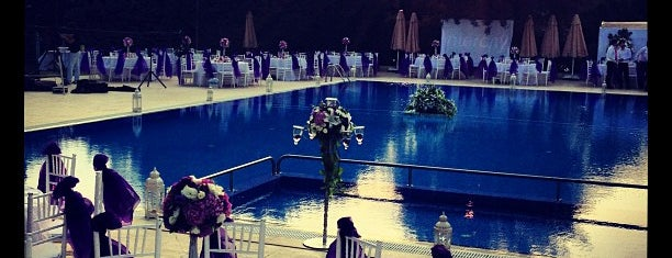 Dalyan Club is one of Locais curtidos por Zeynep.
