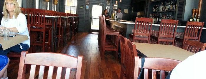 Massimo's Ristorante & Pizza Bar is one of Orte, die Dana gefallen.