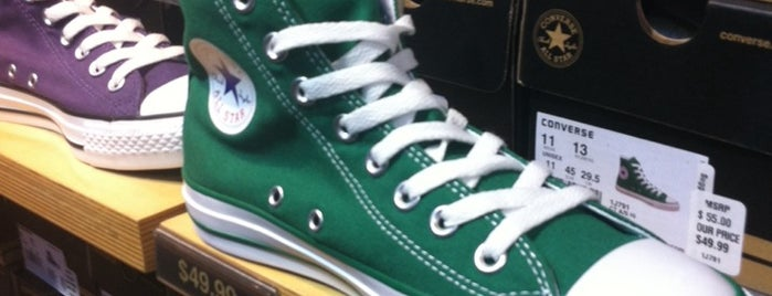 Converse is one of Lizzieさんの保存済みスポット.