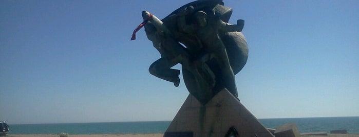 Памятник Евпаторийскому Десанту is one of Stanislav 님이 좋아한 장소.