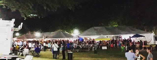 Orlando International Fringe Theatre Festival is one of Tempat yang Disukai Devin.