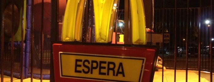 McDonald's is one of Orte, die Luis Enrique gefallen.