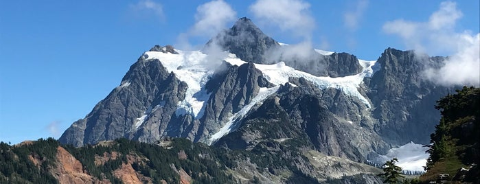 Mount Baker is one of PNW Road Trip.