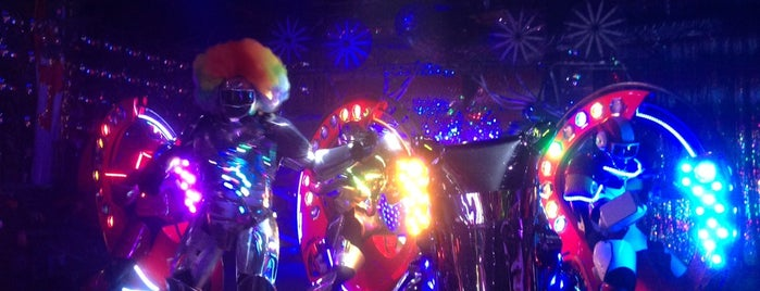 Robot Restaurant is one of my todos - Bars.