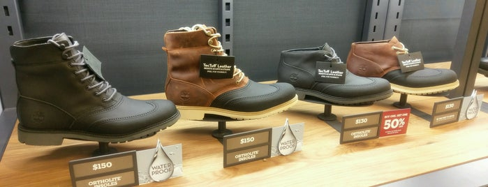 Timberland Factory Store is one of Lugares favoritos de Karen.