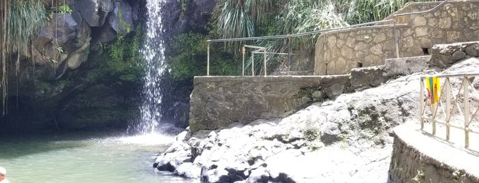 Annandale Waterfall is one of Jinさんのお気に入りスポット.